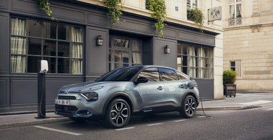 """Dar komfortiškesniame naujajame """"Citroën C4"""" – unikali pakaba ir interjeras"""