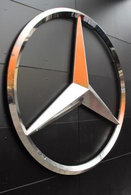 """""""NVIDIA"""" drauge su """"Mercedes-Benz"""" kurs naujos kartos automobilių kompiuterį"""