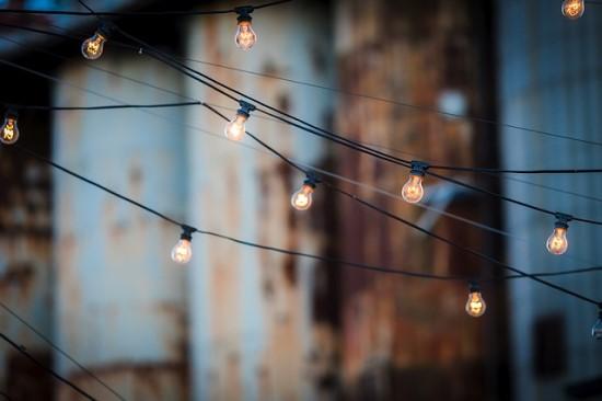 Kiek brangs elektra gyventojams, valstybei nustojus reguliuoti kainas?