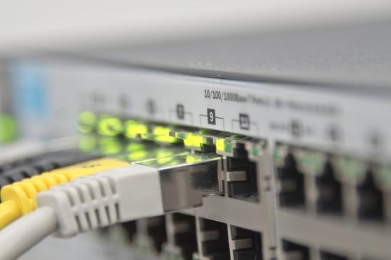 Nepelnyti šlovės spinduliai: jau ilgą laiką Lietuva nebegali girtis greičiausiu internetu pasaulyje
