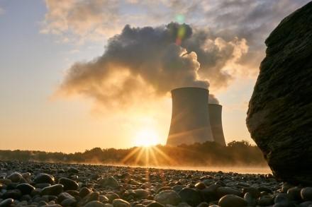Latvija ir Estija nori apmokestinti elektrą iš Rusijos ir Baltarusijos. Lietuva nenori jos išvis