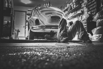 Garažo zona: dažniausia klaida – netinkamas apšvietimas