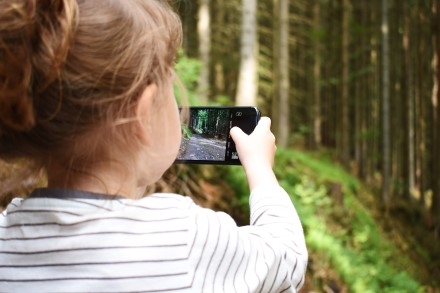 3 patarimai tėvams: kaip išrinkti išmanųjį telefoną moksleiviui?
