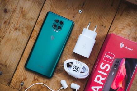 Inovacijos atkeliauja ir iš Vietnamo: vietinis gamintojas pristatė dėmesio vertą telefoną