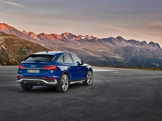 """Sportiškas, praktiškas ir elegantiškas: naujas """"Audi Q5 Sportback"""""""