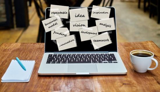 """Idėjas paversti realybe padės projektas """"TechHub"""""""