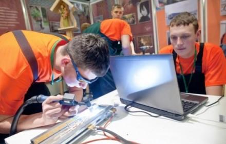 Profesinio mokymo licencijavimas perkeliamas į elektroninę erdvę