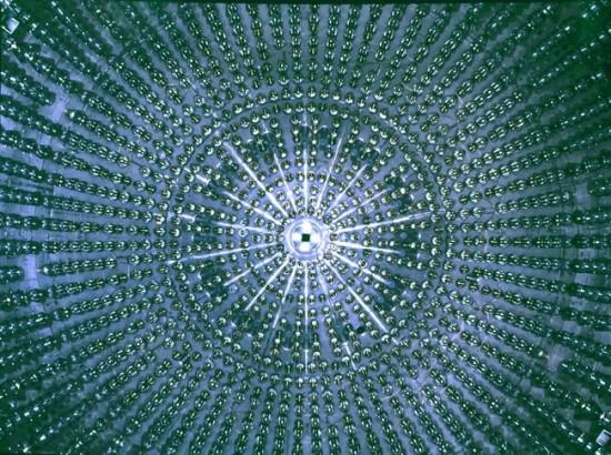 Žvilgsnis į Borexino detektoriaus vidų. © Borexino Collaboration