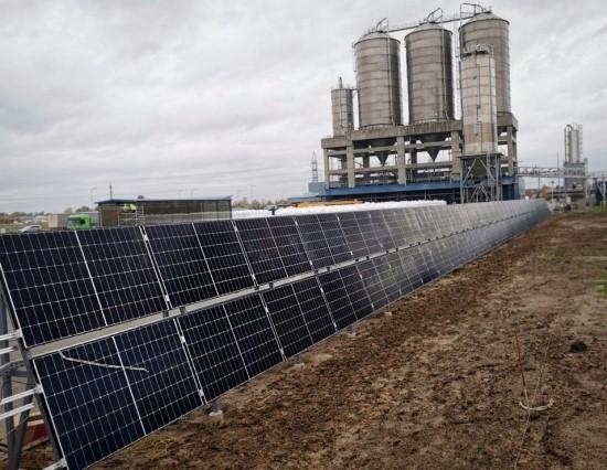 """Saulės elektrinės statybos. """"Eternia Solar"""" nuotr."""
