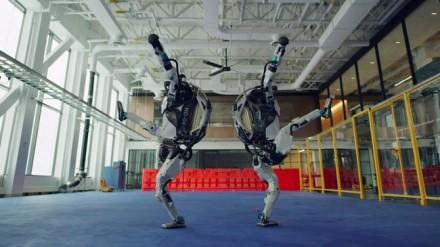 "© ""Boston Dynamics"" / ""Youtube"" stopkadras."