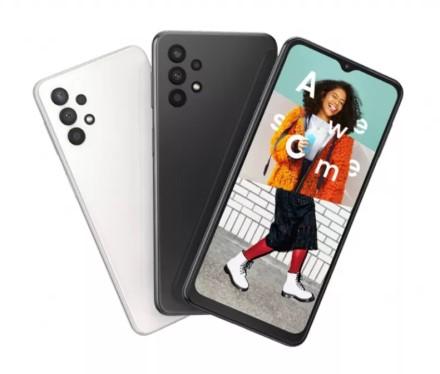 """""""Samsung"""" pristatė naują """"Galaxy A"""" serijos telefoną"""
