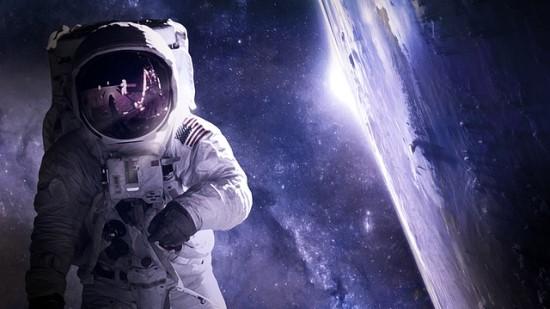 """NASA legenda apie """"7 minutes siaubo"""" ir ateivius: Žemė nėra unikali, tad gyvybė egzistuoja ir už jos ribų"""