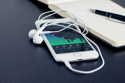 """10 """"iPhone"""" triukų, kurie pakeis jūsų gyvenimą"""