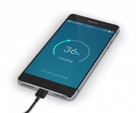 """Paprasti patarimai, kaip pailginti """"iPhone"""" baterijos ilgaamžiškumą"""
