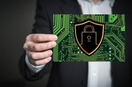 4 IT eksperto taisyklės, kurios padės apsaugoti verslą nuo potencialių piktavalių