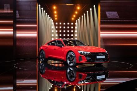 """Audi RS e-tron GT"". Gamintojo nuotrauka"