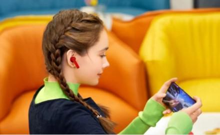 """Huawei"" pristatė fantastiškas ""Freebuds 4i"" ausines"