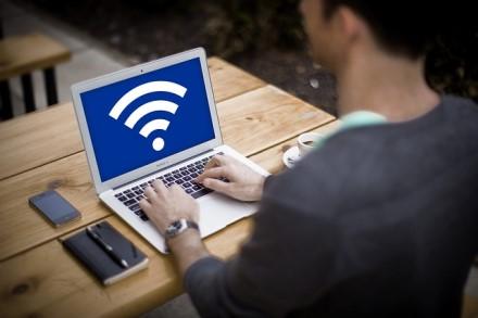 """Kodėl lietuviams neveikia """"Wi-Fi""""?"""