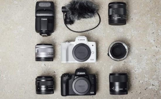 """""""Canon"""" pristato veidrodinį fotoaparatą """"EOS M50 Mark II"""""""