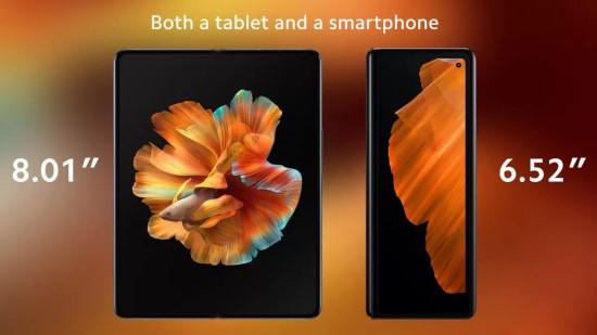 """Pristatytas pirmasis """"Xiaomi"""" sulenkiamas telefonas"""