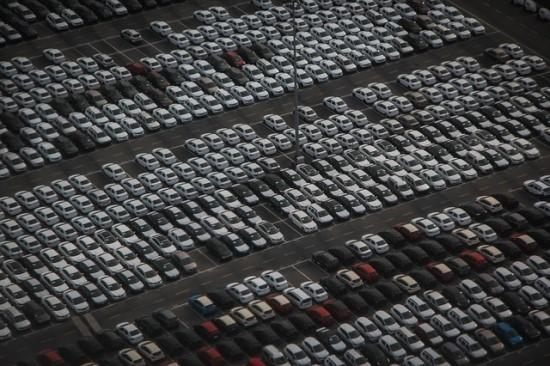 Diegiama dirbtiniu intelektu paremta aukcionų platforma automobilių prekybai