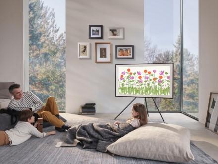 Į televizoriaus pasirinkimą nežiūrėkite pro pirštus
