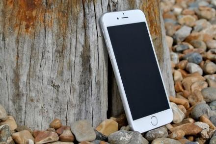 """Penkios priežastys, kodėl jūsų """"iPhone"""" sulėtėjo ir kaip tai išspręsti"""