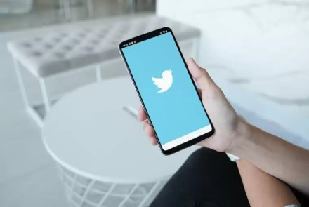 """""""Twitter"""" revoliucija: įrašus galėsite pasiųsti į pragarą arba dangų"""