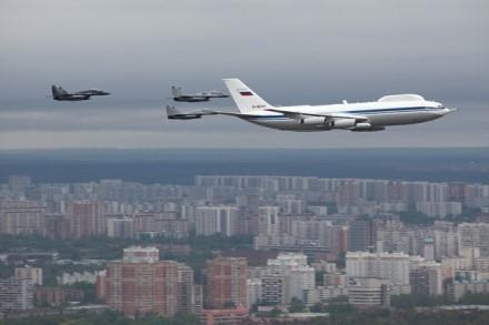 """Antros kartos orlaivis """"IL-80"""" © wikimedia.org"""