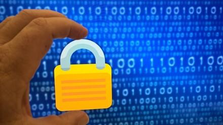 Saugumas internete: 5 žalingi įpročiai, keliantys pavojų kiekvienam