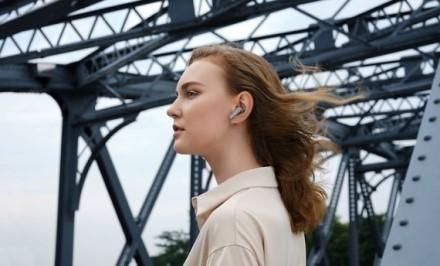 """Gamintojo nuotr./""""Huawei"""" belaidės ausinės"""