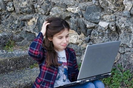 Specialistas pataria, kaip išrinkti vaikui kompiuterį, tinkantį ir mokslui, ir lavinimuisi laisvalaikiu