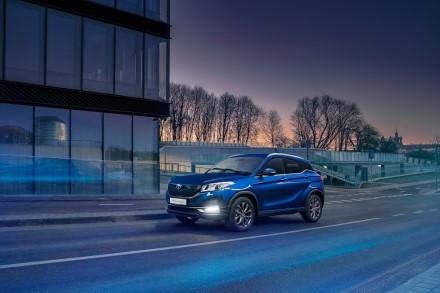 """""""Busnex"""" plečiasi į Lenkijos rinką pristatydama """"SERES"""" elektromobilius"""