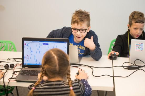 Išskirtinė galimybė pradinukams ir jų mokytojams tapti technologijų lyderiais