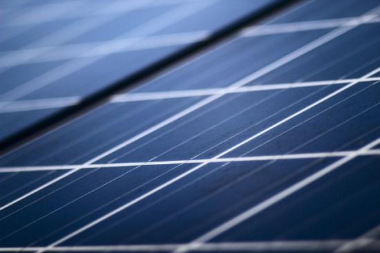 Mokslininkų laimėjimas: du KTU pastatai tapo saulės energijos elektrinių vieta, sprendimas neša išradingą naudą