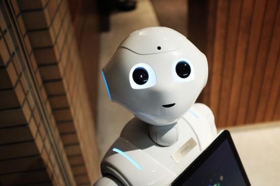 Kada robotai mus pakeis?