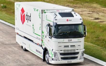 """""""Futuricum Logistics 18E"""" su 680 kWh baterija"""