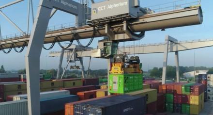 """Kas jei kelis konteinerius pakeistume baterijomis? ©  """"Zero Emissions Services"""