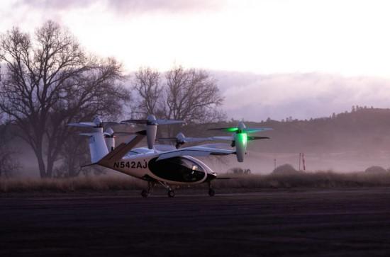 """""""Joby Aviation"""" / NASA pirmą kartą testuoja elektrinį oro taksi"""