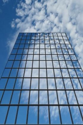 IT ekspertas pataria, kaip išsirinkti jūsų įmonei tinkamiausią Debesijos tipą