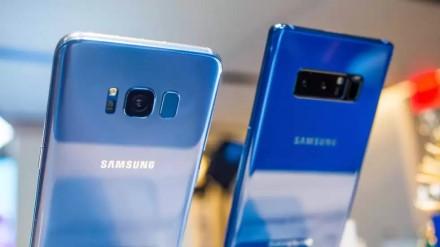 """""""Samsung"""" turi blogų naujienų senesnio flagmano savininkams"""