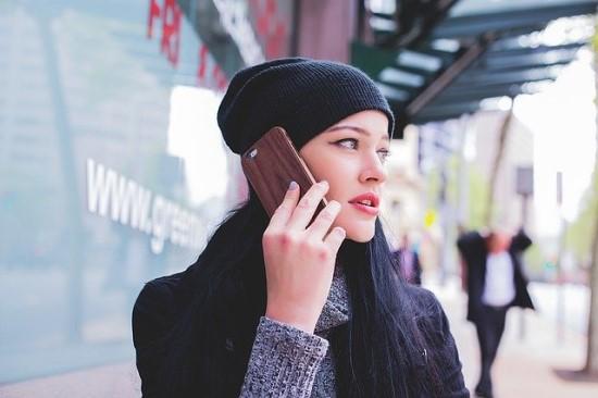 Išmaniųjų telefonų rinkos raida: kiek svarbios technologijos, o kiek – stilius?